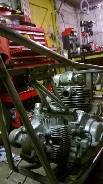 Ducati chop top engine mount 03